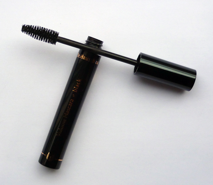 Volume-Mascara-Black