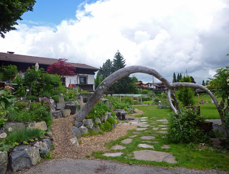 kraeutergarten-eisenberg-zell