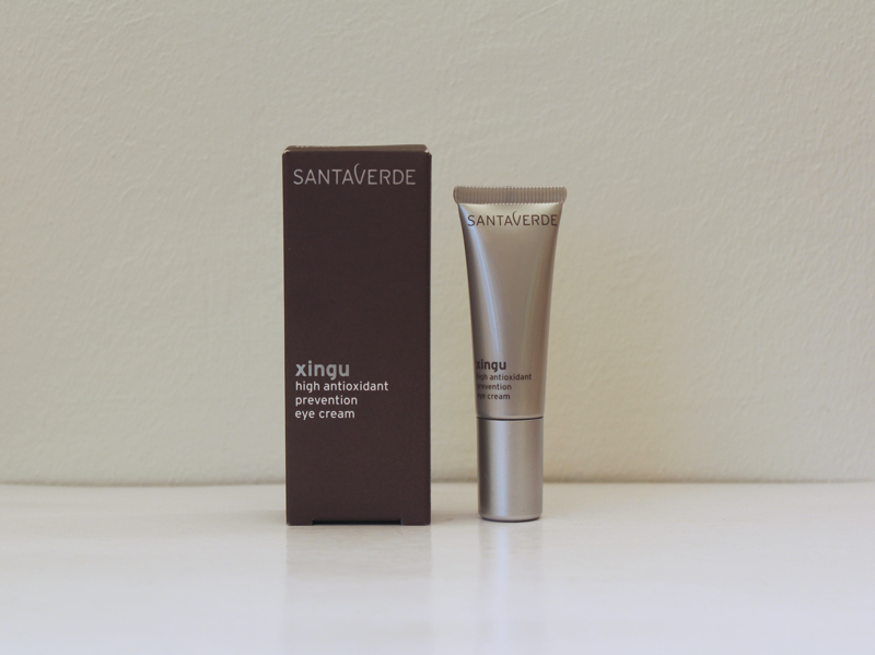 santaverde-xingu-eyecream