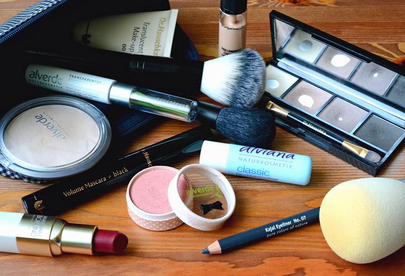 Makeup Taeschchen Frl Hortensie
