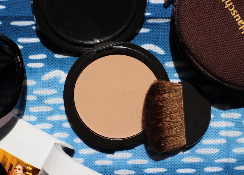 dr-hauschka-bronzing-powder