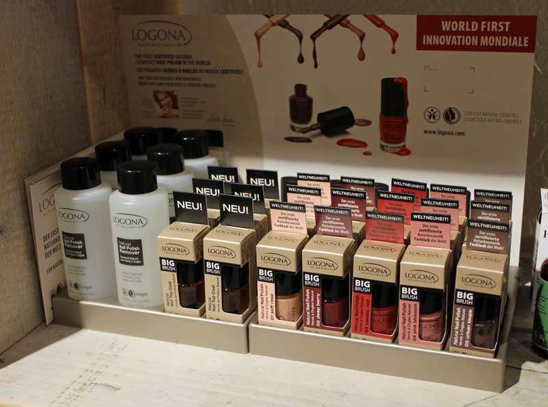 logona-nailpolish-display