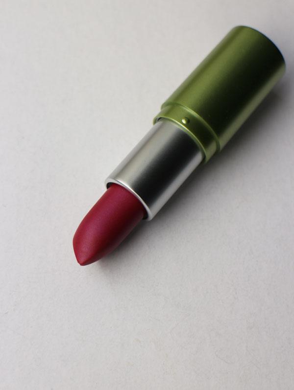 alverde-lipstick-fabulous-pink