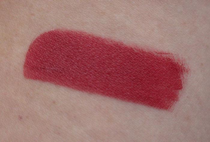 swatch-protective-lipstick-couleur-caramel-267