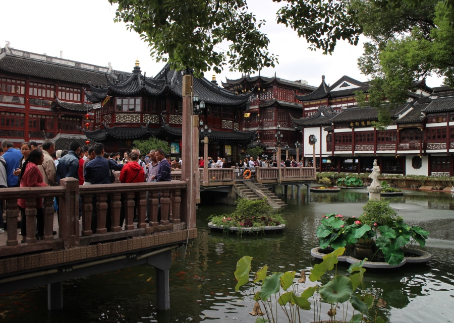 shanghai-old-city-zig-zag-bridge_beautyjagd