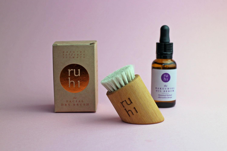 Ruhi Dry Facial Brush